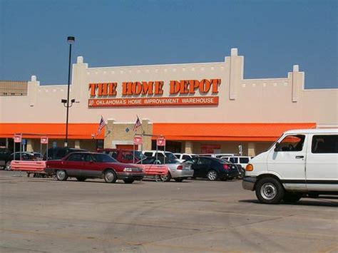 home dept top home improvement retailer home depot hit by recession