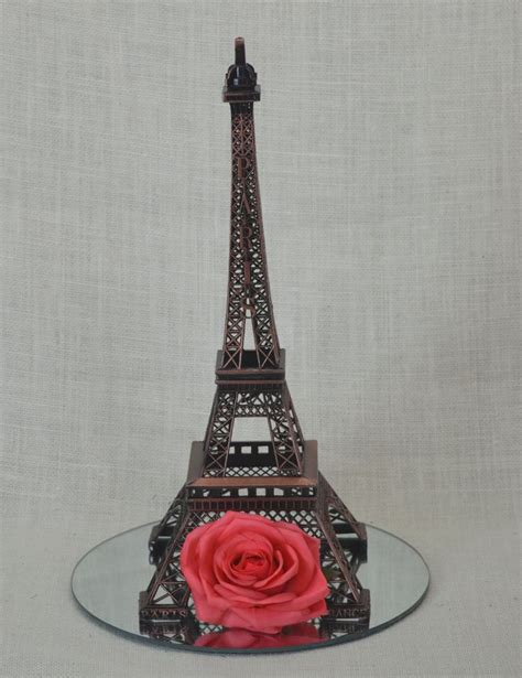 25 best ideas about eiffel tower centerpiece on