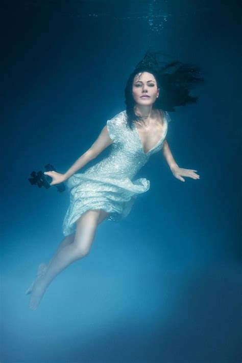 54 best underwater images on pinterest high fashion photography 19 best images about linzi stoppard picture mix on