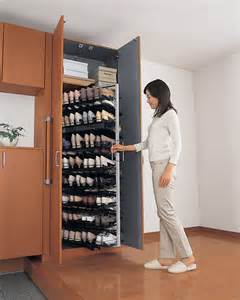 Pull Out Spice Rack Cabinet 玄关中衣柜与鞋柜的人性化设计 深圳房地产