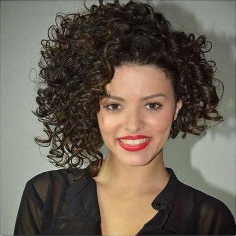 tendencias cabello rizado 2016 media melena asimetrica 24 fotos sobre el cabello
