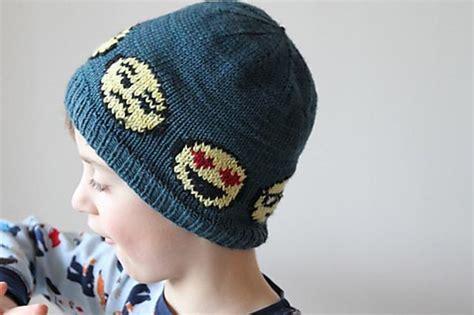 Stelan Aida Orange Headband emoji hat knitting pattern by aida sofie knits