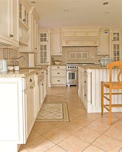 granite and cabinets near me best 25 santa cecilia granite ideas on
