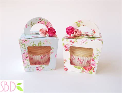 How To Make A Cupcake Box Out Of Paper - tutorial scatola porta cupcake cupcake gift box