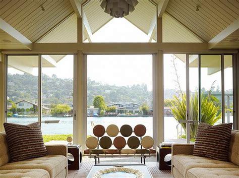 large windows    decorate
