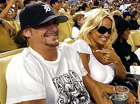 Kid Rock Says Pam Lied About Miscarriage lepaparazzi news and gossip october 2007