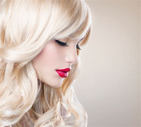 women with platinum hair how to bleach your hair platinum blonde or white the
