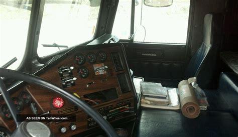 Freightliner Cabover Interior 1986 freightliner cabover
