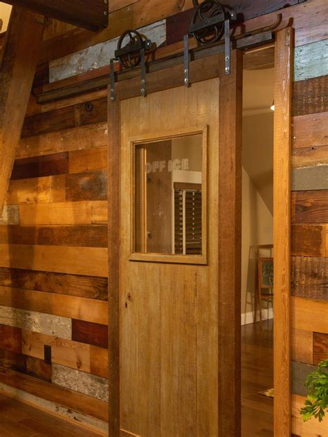 How To Build A Sliding Barn Door Diy Barn Door How Tos How To Make Sliding Barn Door