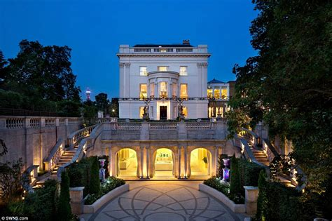 mansions homes london s billionaires say capital s mansions are like broom cupboards daily mail online