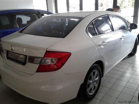 honda white car used honda civic i vtec pearl white 2013 civic i