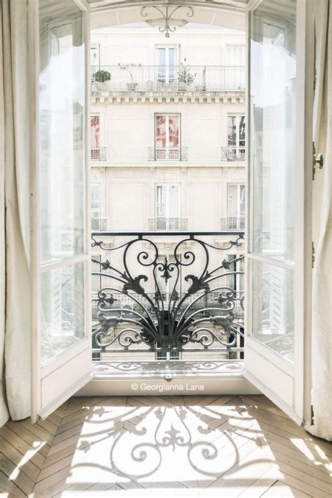 Parisian Style Home Decor by 25 Best Ideas About French Balcony On Pinterest Paris
