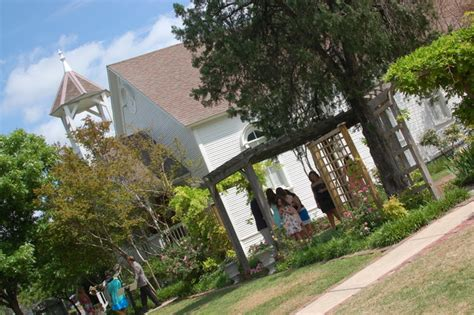 Wedding Venues Mckinney Tx by Chapel At Chestnut Square Mckinney Tx Wedding Venue