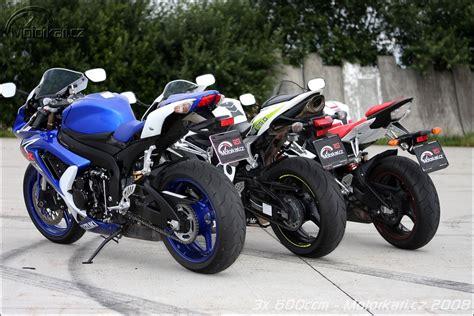 Suzuki Yzf 600 Suzuki Gsx R 600 Honda Cbr600rr Vs Suzuki Gsx R 600 Vs