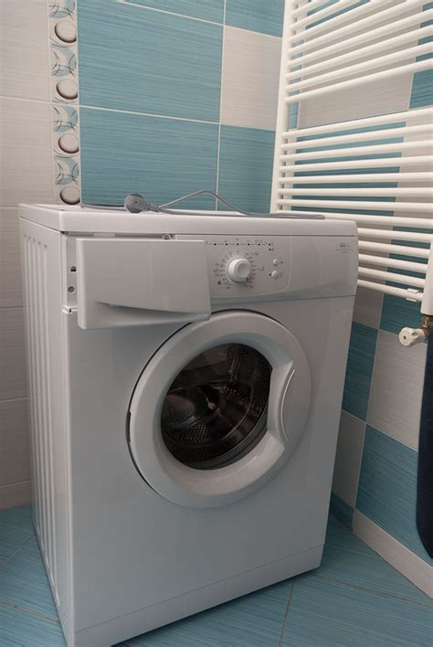 How To Install Plumbing For Washing Machine by Installing A Washing Machine Howtospecialist How To