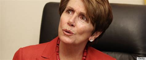 nancy pelosi bob hairdo nancy pelosi s short haircut is so trendy photos