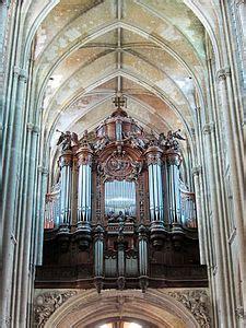 basilica  saint quentin wikipedia