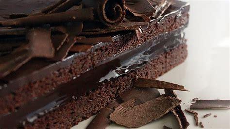 Chocolate Mud Cake Recipe   Yeners Way