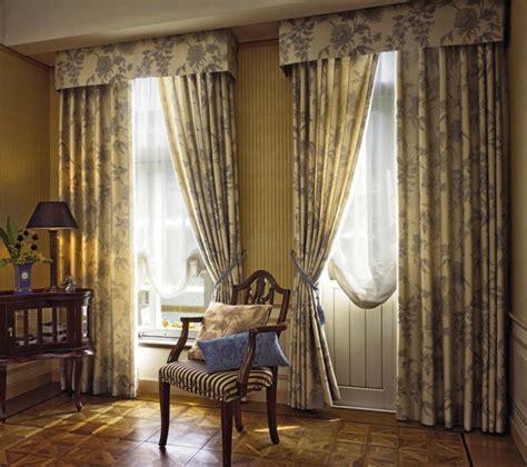 gardinen mit muster 20 stilvolle beispiele f 252 r gardinen im landhausstil