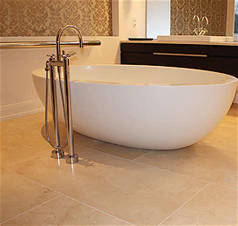 badezimmer mit naturstein badezimmer natursteinboden badezimmer