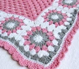 baby crochet blanket 6 petal crochet flower baby blanket
