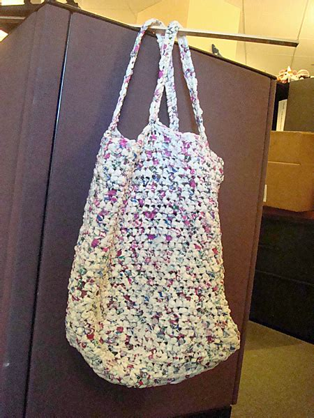 pattern for tote bag made from plastic bags plastic bag crafts 187 blog archive 187 flat bottom grocery