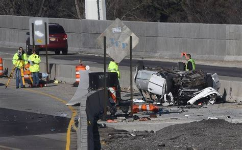 car crash in illinois lawsuit filed in fatal limo crash on i 90