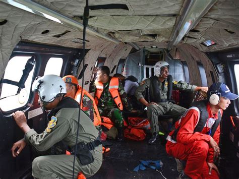 airasia indonesia pilot recruitment airasia flight 8501 bodies of 30 crash victims recovered