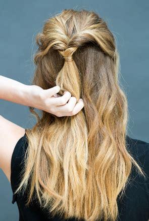 Gaya Rambut 3 Jari by Membuat Gaya Rambut Cantik Dan Sederhana Dalam Waktu 10