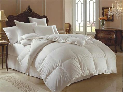 What Size Is A King Comforter by Oversized White Dedspreads Comforter In King Size