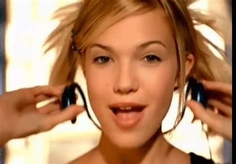 mandy moore music video hairstyles mandy moore music video gif wifflegif