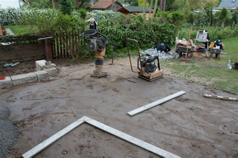terrasse bauen unterbau terrasse aus stein bau und anleitung