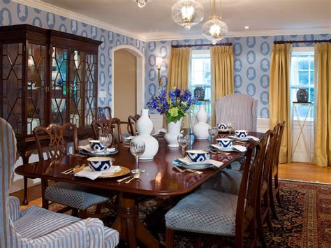 Hgtv Dining Room Decorating Ideas 10 Ways To Incorporate Blue Into Your Design Color Traditional Dining Room Decorating Ideas