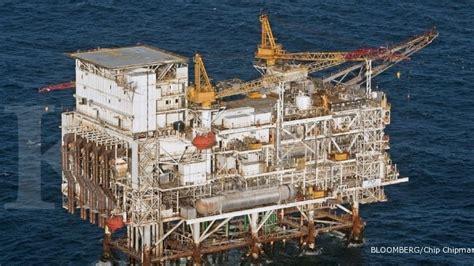 Minyak Indo Hari Ini indonesia defisit minyak bumi 608 000 barrel hari