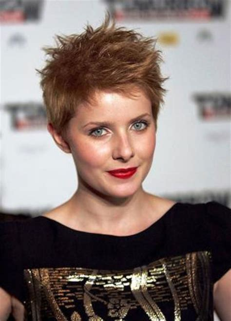 boyish haircuts on redheaded women with blunt front bangs new women s hairstyles for 2014 short hairstyles 2017