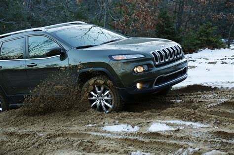 2014 jeep cherokee tires 2014 jeep cherokee limited running up that hill