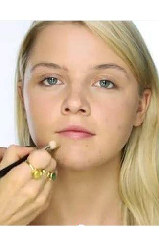 Bedak Tabur Makeup Forever menyulap wajah berjerawat jadi mulus seketika rahasia