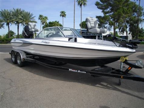 best tritoon boat for the money 2011 triton 220 escape ski fish boats yachts for sale