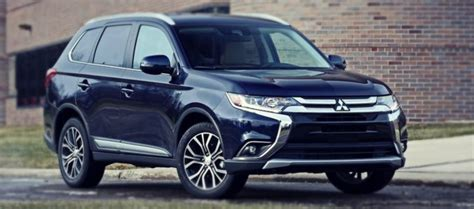 Toyota Outlander 2020 by 2019 Mitsubishi Outlander Redesign Phev Gt 2020 2021
