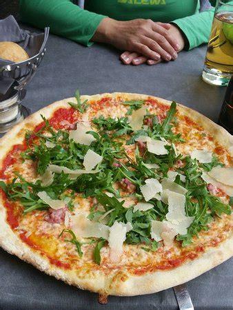 pizzeria al porto ristorante pizzeria al porto torbole sul garda