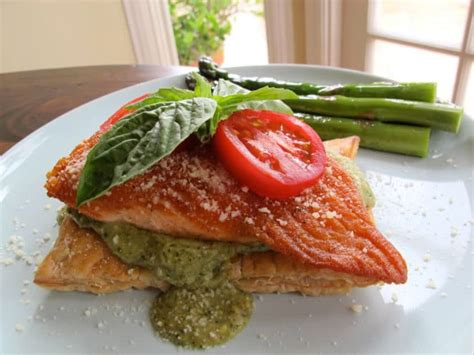 Reader Recipe Salmon With Puff Pastry And Pesto by Puff Pastry Salmon With Pesto
