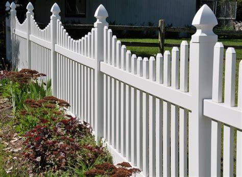 White Backyard Fence - vinyl fence installation in michigan paramount fence