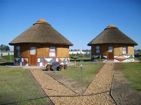 tradisionele xhosa hutte sun guest house