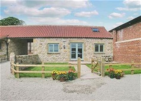 Cross Farm Cottages by Grange Farm Cottages Cross Ref Itq In Spaunton
