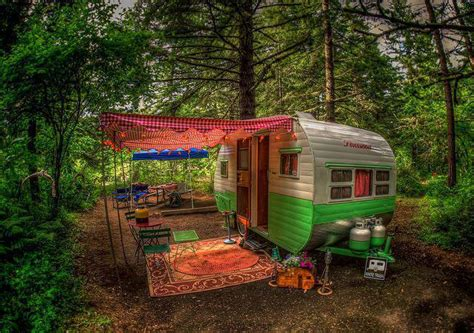live off grid travel in this beautiful tiny home caravan three ways to live off the grid fractal enlightenment