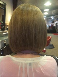 slightly stacked bob haircut 1000 images about leah hairstylist and nail tech on