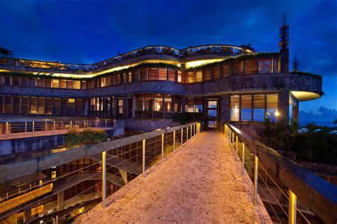 jade mountain architecture design