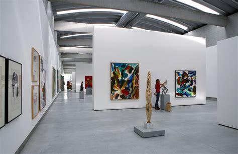 liaunig museum interior exhibition  home design