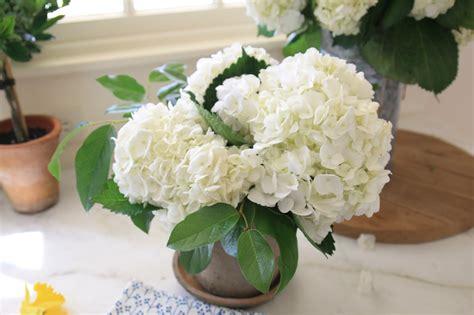 jenny steffens hobick diy large flower arrangement jenny steffens hobick diy rustic garden pot floral