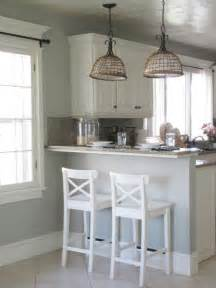 Ideas For Small Bedrooms Makeover - 25 best ideas about benjamin moore horizon on pinterest